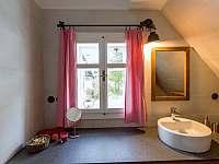 Koupelna v podkroví - Hynčice pod Sušinou