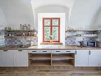 Kuchyně - chalupa ubytování Tvrdkov - Ruda