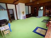 Dětská herna - chalupa k pronajmutí Holčovice - Komora