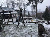 sněží - chalupa k pronajmutí Holčovice - Komora