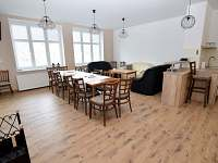 Společenská místnost - chalupa ubytování Holčovice - Komora