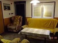 Obývací pokoj přízemí - chata ubytování Loučná - Kouty nad Desnou