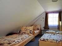 Chata v Karlově - pokoje -