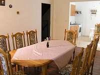 kuchyň - chata k pronájmu Stříbrnice