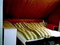 Jedna ze tří ložnic v podkroví - Vernířovice