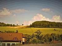 Pohled z chaty na protější kopec. - Dolní Moravice
