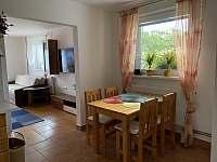 jídelní kout - apartmán ubytování Česká Ves
