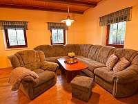 Obývací pokoj - pronájem chalupy Karlov pod Pradědem