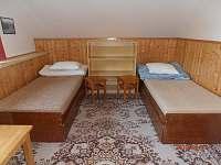 pokoj č. 6- 4 lůžka, II.patro - chata k pronajmutí Ramzová