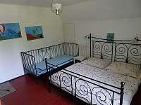 druhá ložnice - pronájem chalupy Ludvíkov