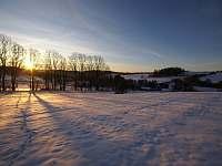východ slunce nad Dětřichovicemi - apartmán k pronájmu