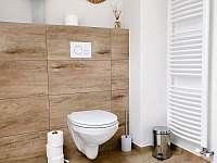 Koupelna 1. patro - chalupa k pronajmutí Hanušovice