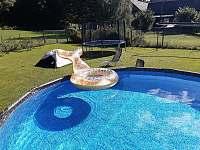 Chalupa u Lešků - venkovní bazén - k pronájmu Bělá pod Pradědem