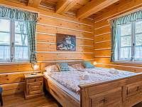 ložnice s dvojpostelí - pronájem chalupy Branná