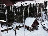 pohled z balkonu - chalupa ubytování Dolní Bušínov