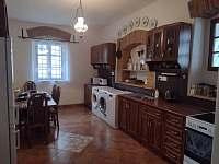 kuchyn - pronájem chalupy Bartoňov
