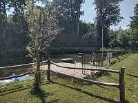 molo - chalupa k pronájmu Bartoňov