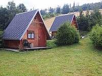 malá chata č.1.a č.2. pro 2.osoby a dítě - k pronajmutí Karlovice