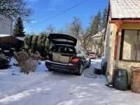 parkování až u vchodu - apartmán ubytování Jeseník