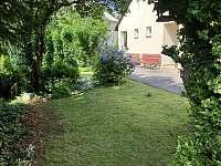 zahrada 2 - apartmán k pronajmutí Jeseník
