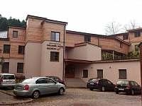 Místní wellness hotel 300m. - Dolní Bušínov