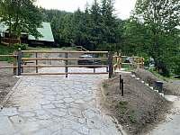 Vjezd s bránou - Ludvíkov