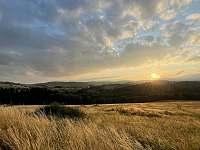 Z teras lze pozorovat nádherné západy slunce - Horní Václavov