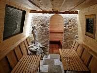 Chalupa Morava, solná jeskyně večer - Hrabenov