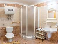 Koupelna k pokoji v Chatě Smrková - k pronájmu Karlov pod Pradědem