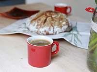 Pečeme domácí kváskový chléb. - pronájem apartmánu Dolní Moravice