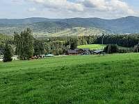 Pohled ze sjezdovky do údolí Bělé - Filipovice
