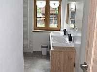 Koupelna - chalupa k pronájmu Loučná nad Desnou