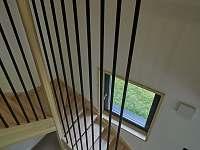 schodiště - chata k pronájmu Filipovice