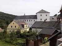 hrad Kolštejn - chata k pronájmu Branná