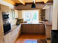 Kouty 43 Kuchyne - pronájem chalupy