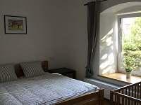 1. apartmán ložnice