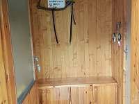 Zádveří - v zimě vhodné k uložení potravin - chata k pronájmu Lipová-lázně