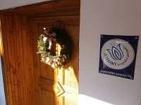 Dveře s označením regionalní značky