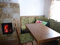 jídelní kout - pronájem chaty Staré Město, Hynčice pod Sušinou