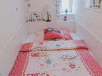 Sovičkový boční pokoj - 140 cm postel, vstup z modré ložnice - Velké Losiny - Bukovice