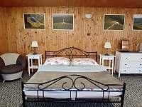 Apartmán č. 4 - čtyřlůžkový (1 manželská postel a 2 oddělené postele) - Jeseník