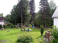 Chata Myšák zahrada pro děti - k pronájmu Malá Morávka