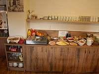 Snídaně formou bufetu - chata k pronájmu Malá Morávka