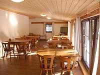 Společenská místnost - pronájem chaty Malá Morávka