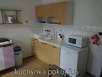 Kuchyňka - pokoj č.5 - zámeček k pronájmu Malá Morávka