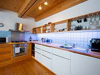 Ap. HOME - plně vybavená kuch. linka