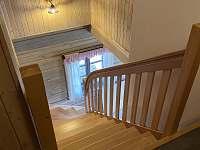Pohled z chodby v horním patře - Velké Vrbno
