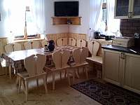 obytná kuchyň - chalupa k pronájmu Třemešná ve Slezsku