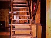 schody do 2.patra