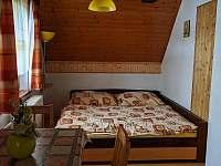 pravá ložnice 2 - chata ubytování Stará Voda